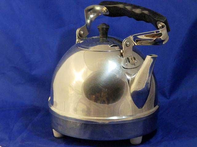Металлический чайник СССР