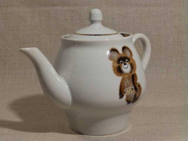 Чайник с Мишкой