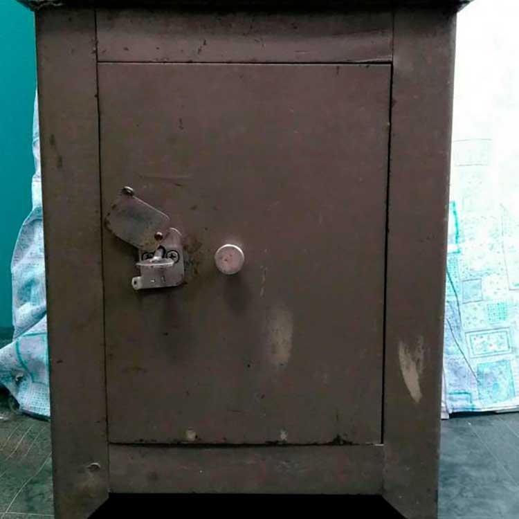 Шкаф металлический СССР
