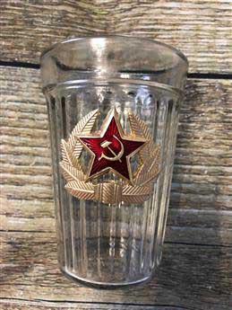 граненый стакан со звездой